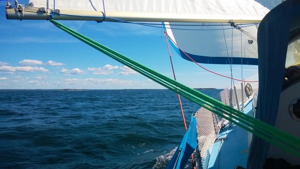 Kotimatkalla Gullkronan selällä. Meri voi olla toisinaan melko erinäköinen.