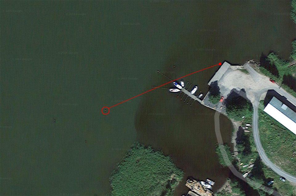 Tuolta se lähti ja tuonne se meni. Onneksi pistolaiturin päädyssä ei ollut veneitä vielä näin alkukesästä.